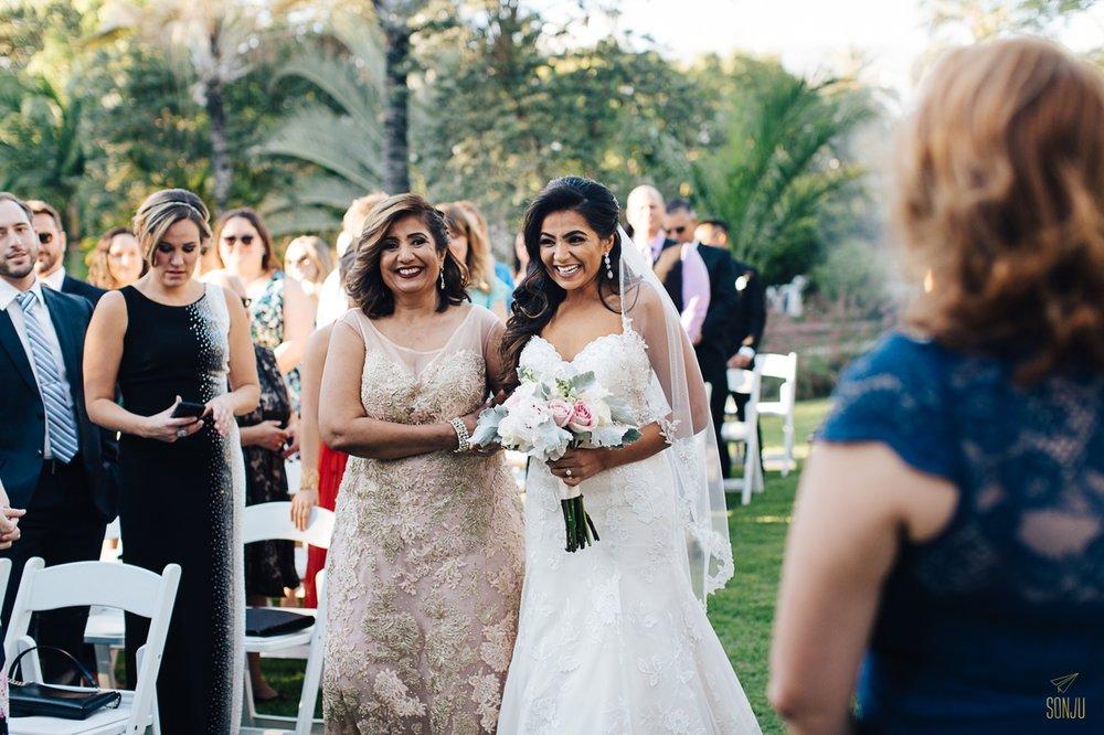 Miami-Beach-Botanical-Gardens-Wedding-Photographer-Maansi-Marcus-Sonju00015.jpg
