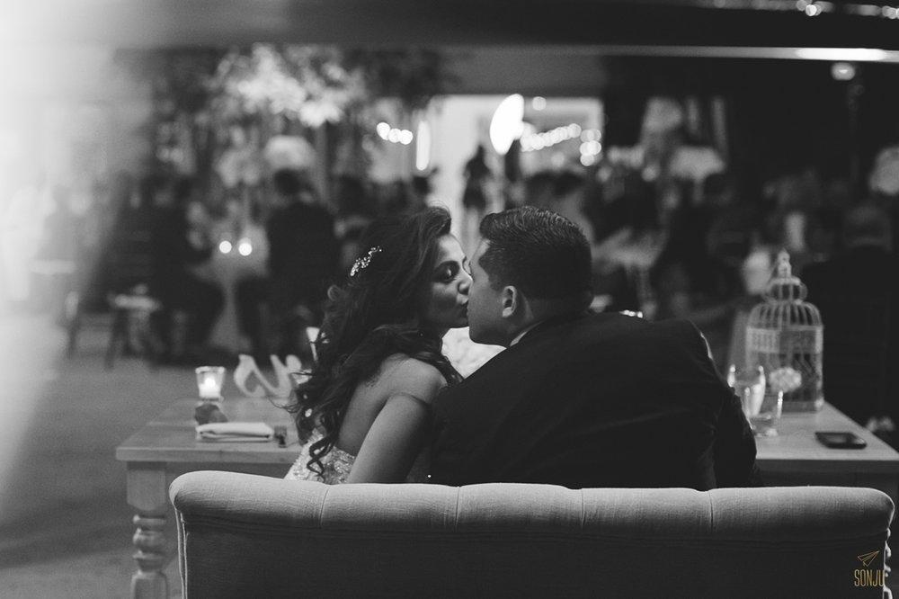 Miami-Beach-Botanical-Gardens-Wedding-Photographer-Maansi-Marcus-Sonju00046.jpg
