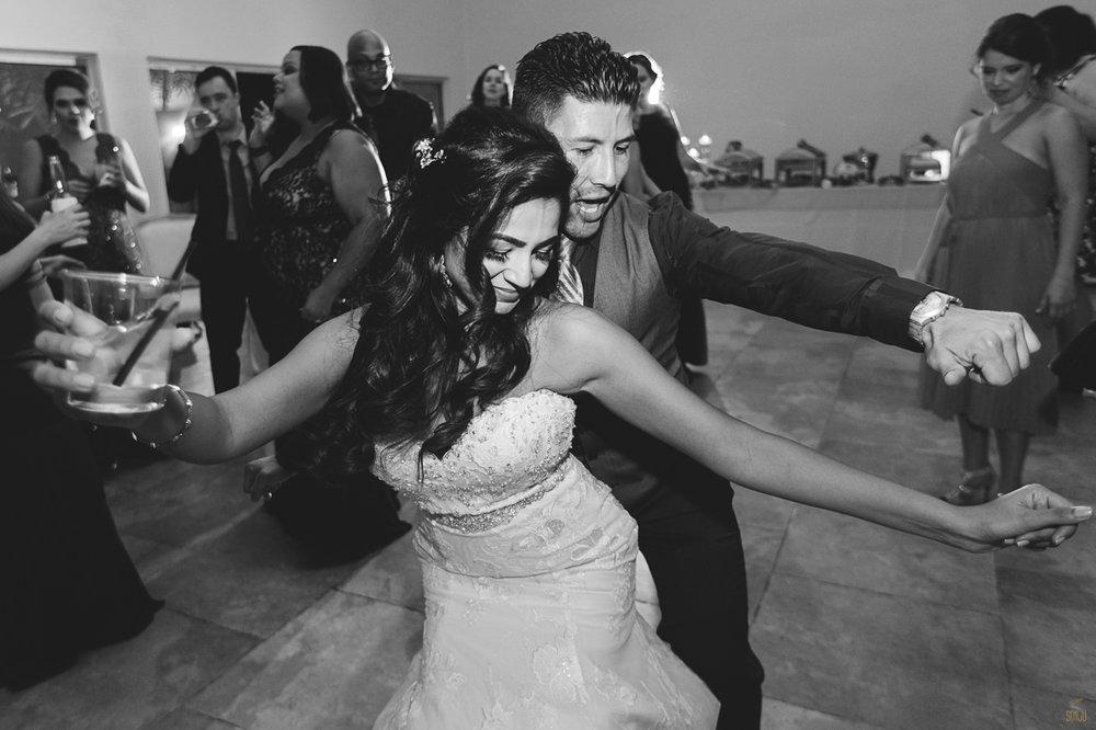 Miami-Beach-Botanical-Gardens-Wedding-Photographer-Maansi-Marcus-Sonju00050.jpg