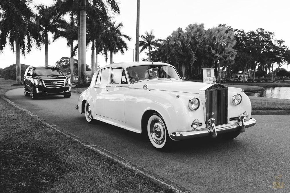 Jacaranda-Country-club-wedding-photographer-florida-venue-sonju-diana-marcos31.jpg