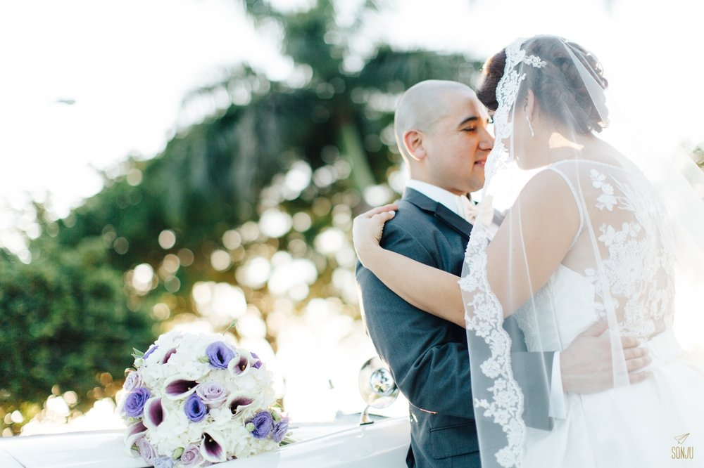 Jacaranda-Country-club-wedding-photographer-florida-venue-sonju-diana-marcos53.jpg