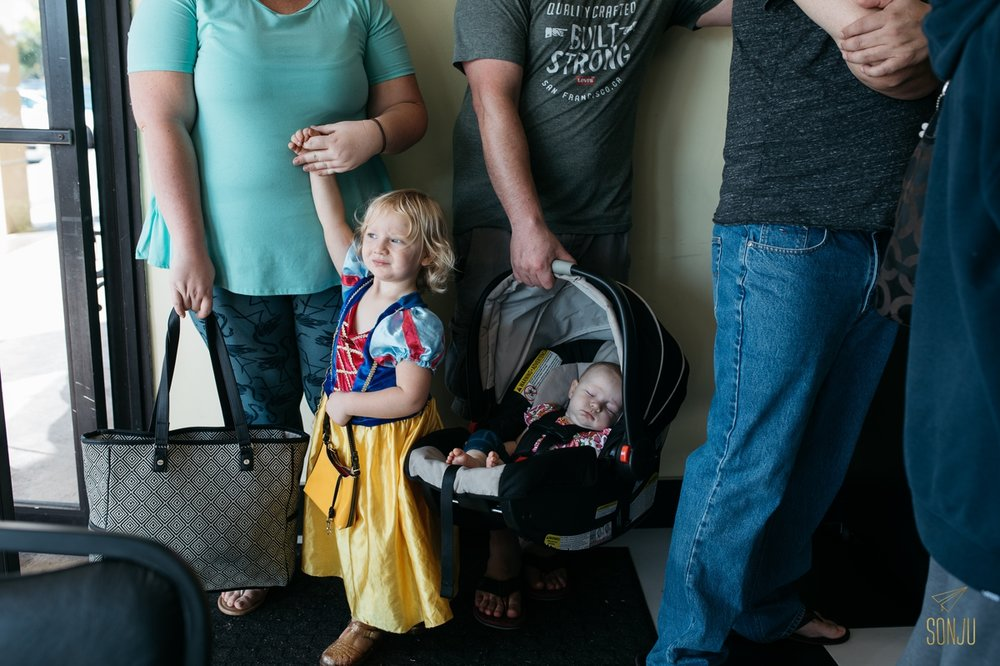 Florida-Day-in-the-Life-Photographer-Documentary-Family-Session-Cables-Sonju00009.jpg