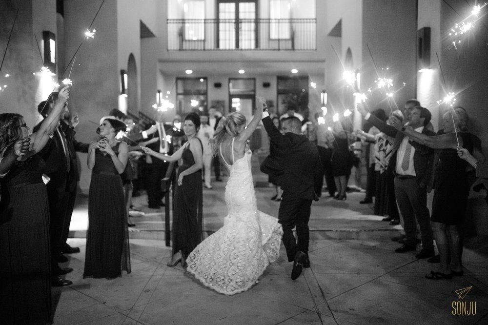 Boca-Raton-Wedding-Photographer-Farmers-Table-Sonju00019.jpg
