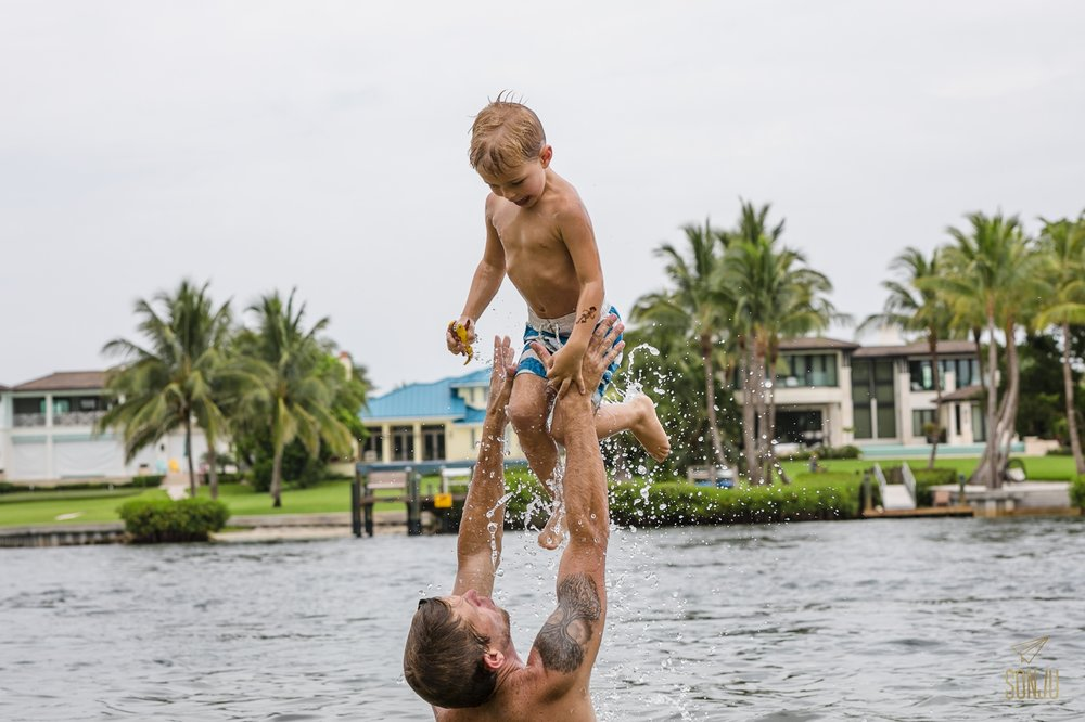 Florida-family-photography-documentary-DITL-Jupiter-Sonju00020.jpg