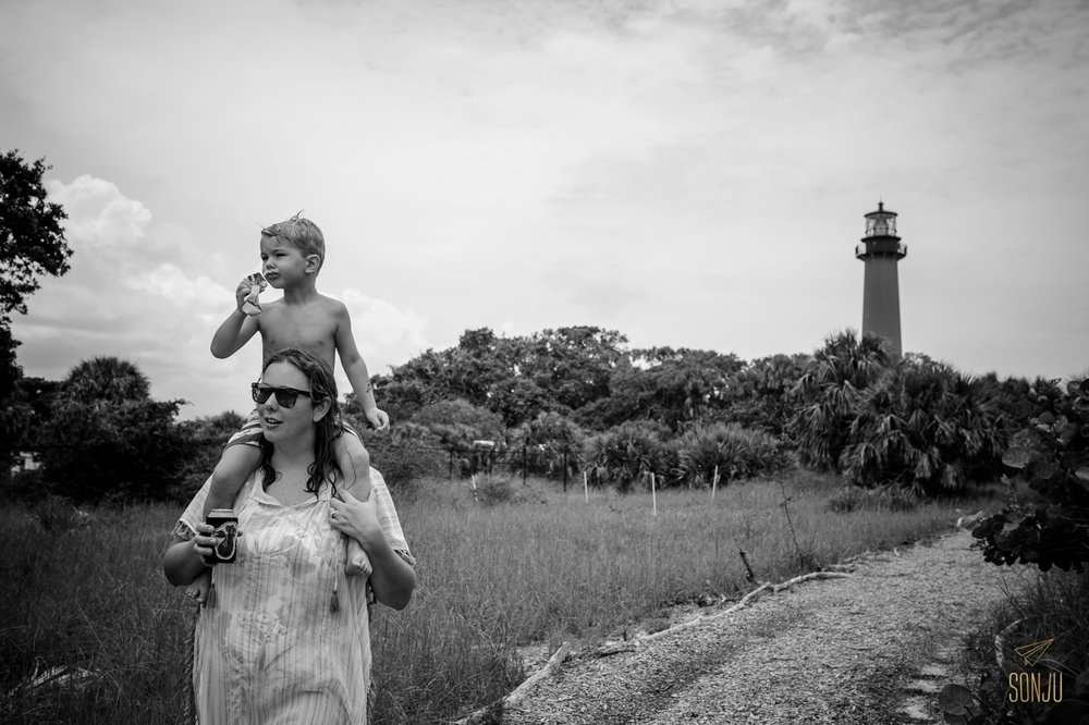 Florida-family-photography-documentary-DITL-Jupiter-Sonju00023.jpg