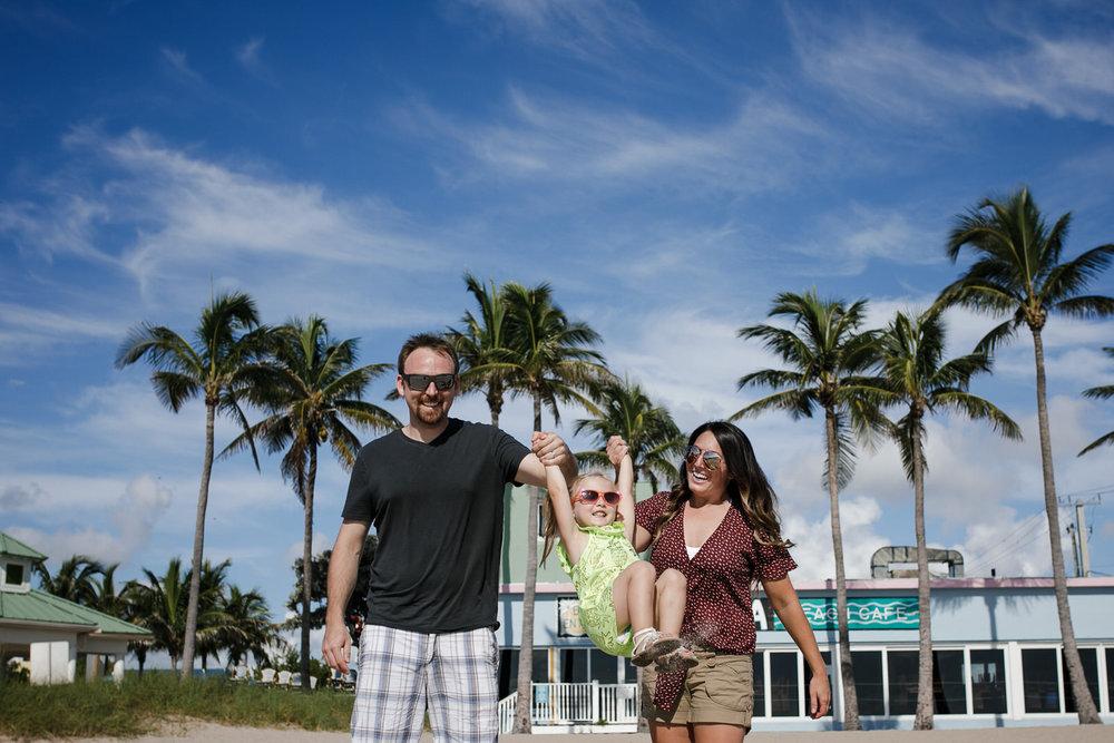 Jordan-Zach-Izzy-Fort-Lauderdale-Vacation-Sonju-Photography-14.JPG