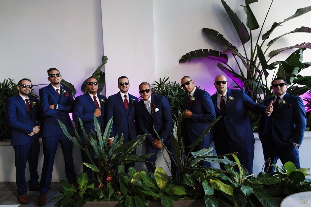 Miami-wedding-photographer-groomsmen-group-shot