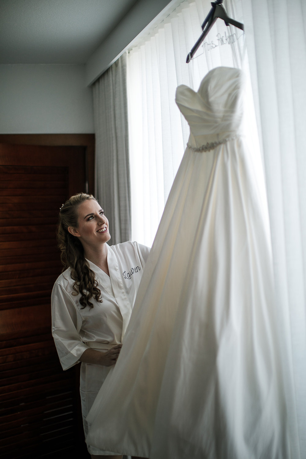 Fort-Lauderdale-Wedding-Photographer-Bonnet-House-Hotel-Prep