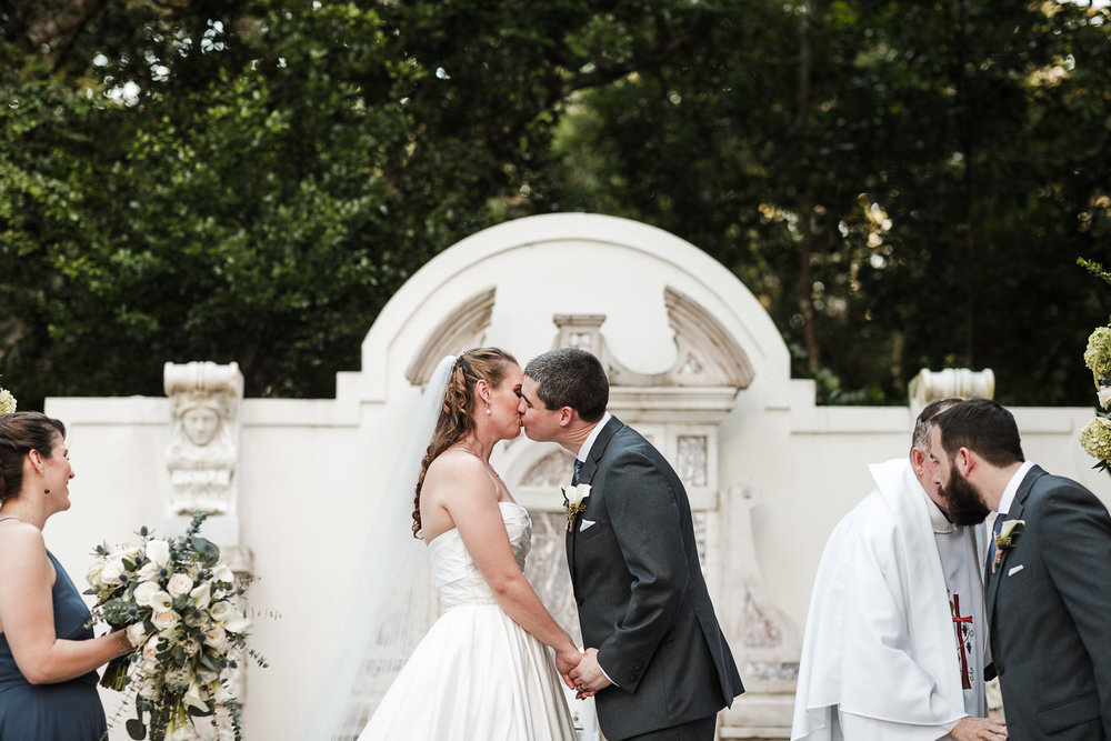 Fort-Lauderdale-Wedding-Photographer-Bonnet-House-Ceremony-First-Kiss