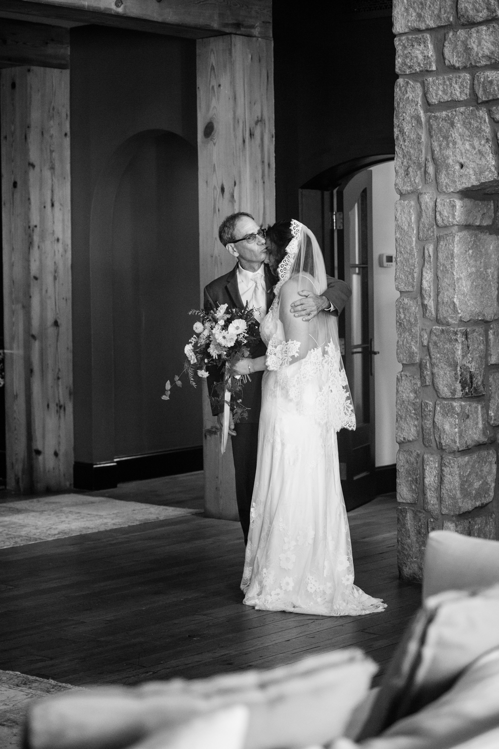 hotel domestique wedding travelers rest greenville wedding photographer latoya dixon photography