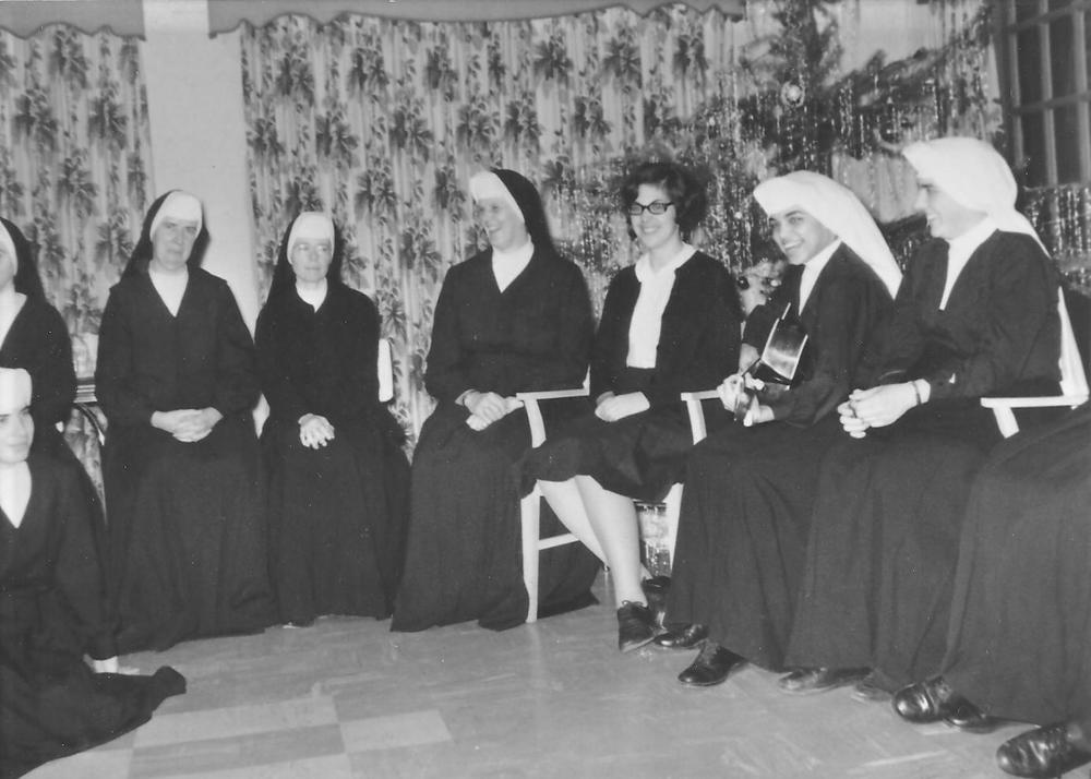 24 Sisters 1.jpg