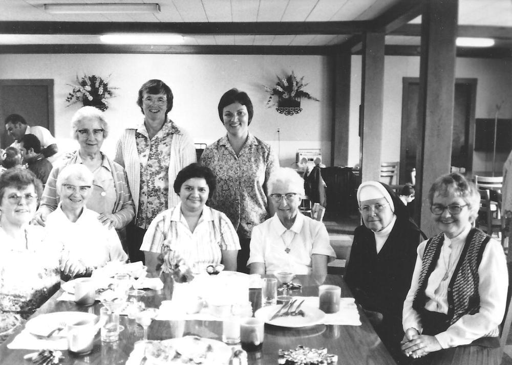 29 Sisters 16.jpg