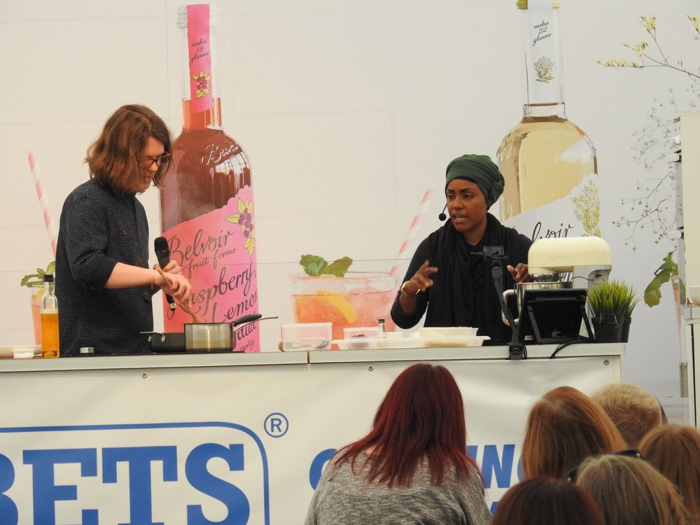Jordan Cox and Nadiya Hussain on stage at the festival! Image courtesy of West Bridgeford Wire ( http://westbridgfordwire.com/pictures-nadiya-hussain-nottingham-castle-great-food-drink-festival/ )