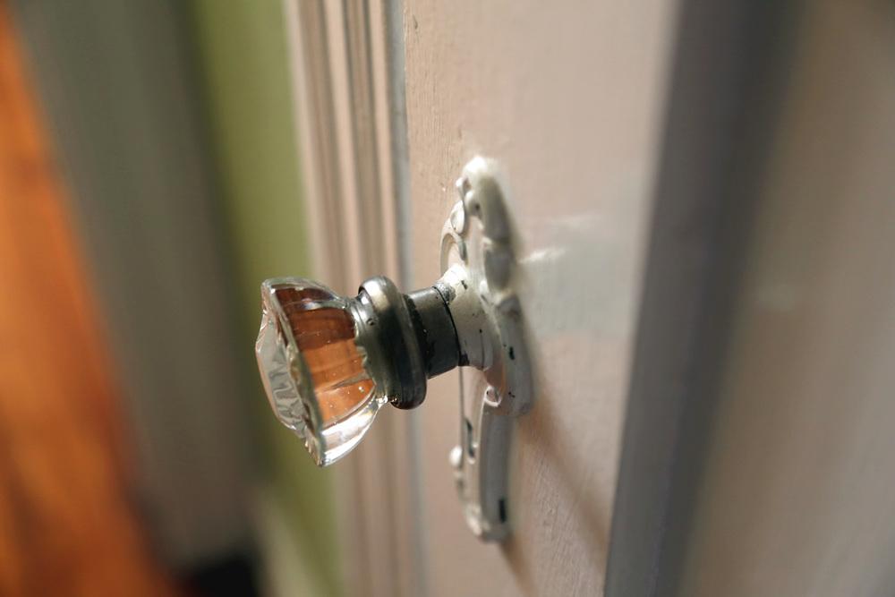 apartment knob.JPG