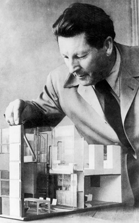 Rietveld with an Architectural Model