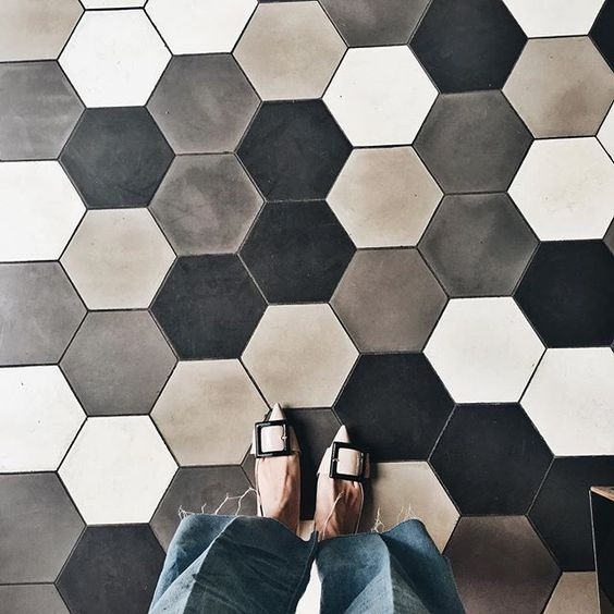 DESIGN ADVICE - Hard Surface Flooring Trends | 8.9.18