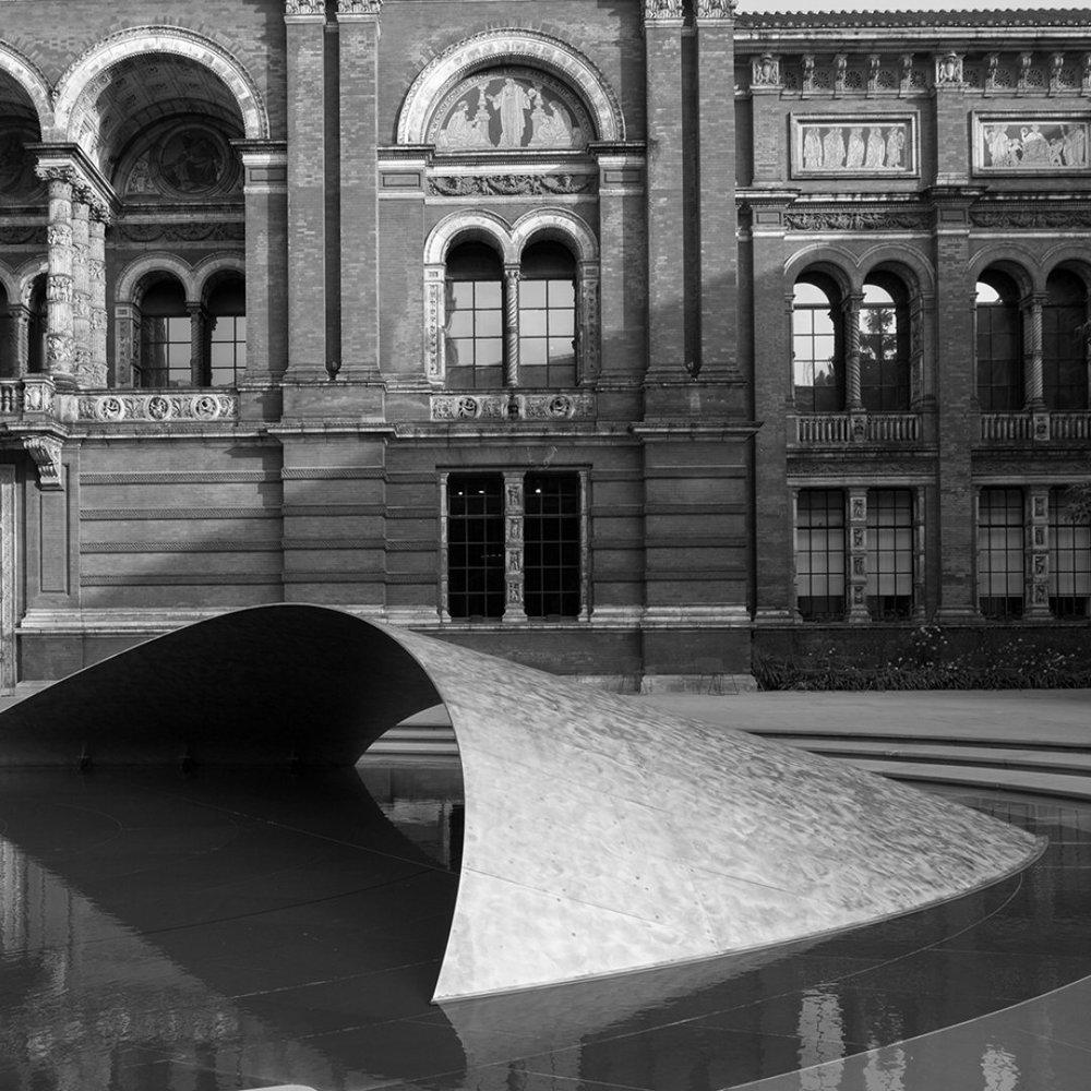ARCHITECTURE 101 - Zaha Hadid | 10.25.18