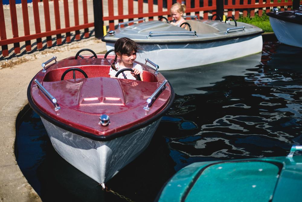 Boat ride at Little Amerricka