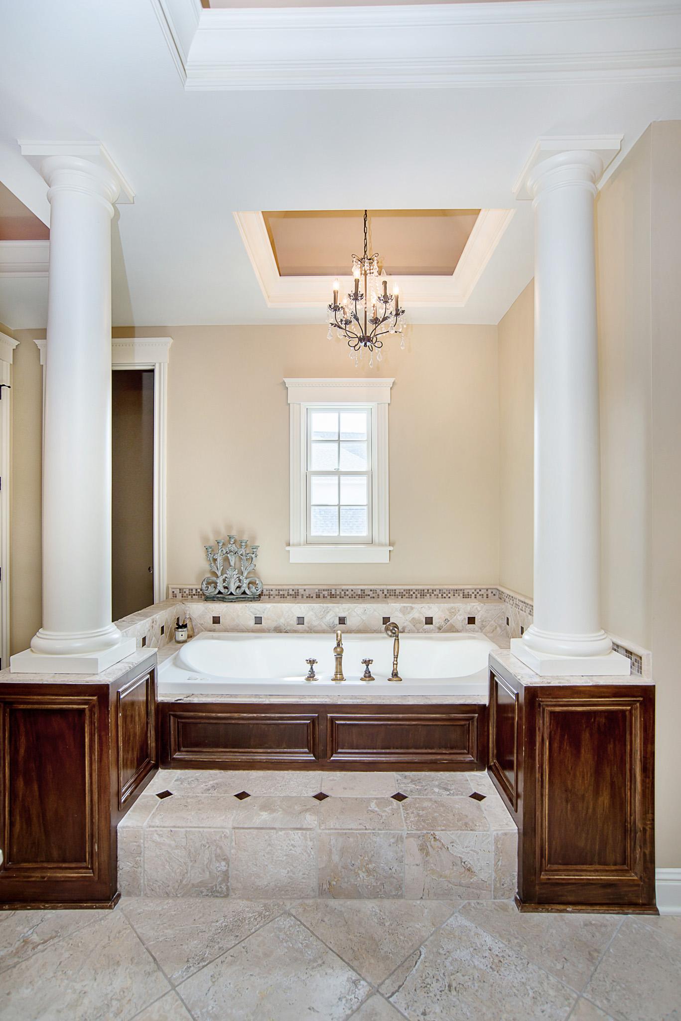 33-Master Bathroom.jpg