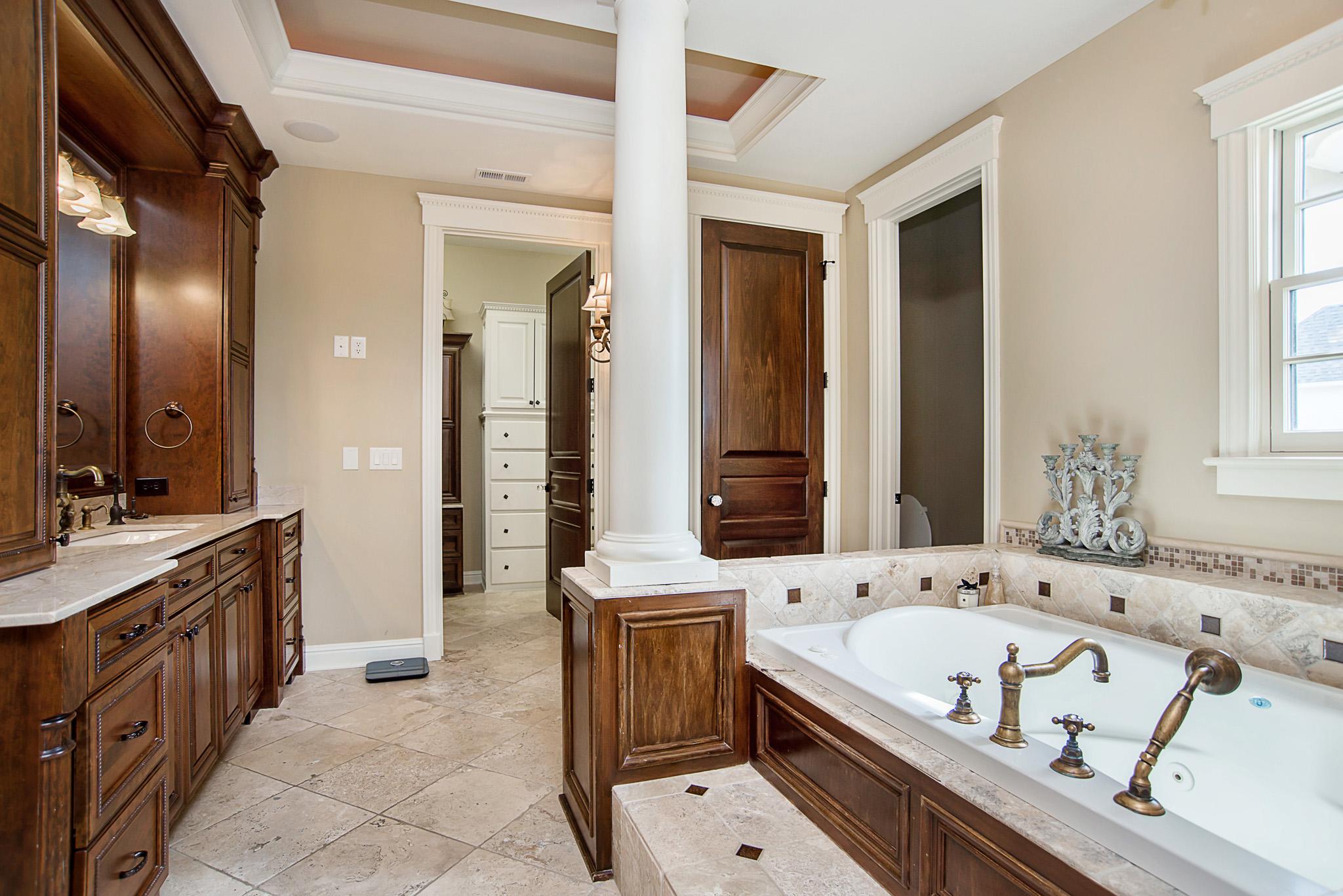 37-Master Bathroom.jpg