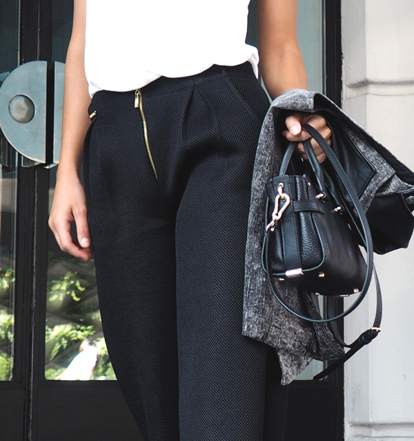 pantalones negros de las ultimas tendencias de isabel caviedes uno de los diseñadores latinoamericanos con mas proyección