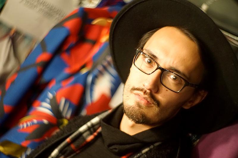 El diseñador colombiano Felipe Santamaría Luque diseñador de Lenerd.