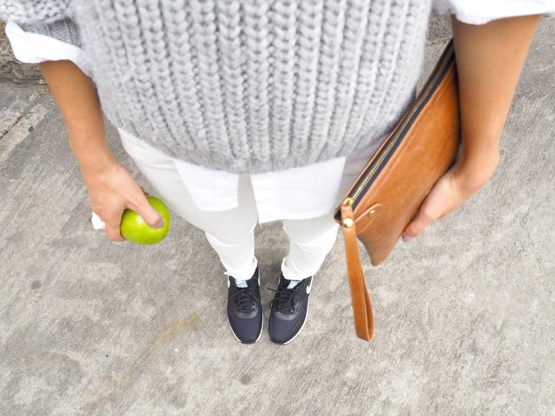 Looks casuales con jeans para resaltar la belleza natural en el mejor blog de moda fashion top 5