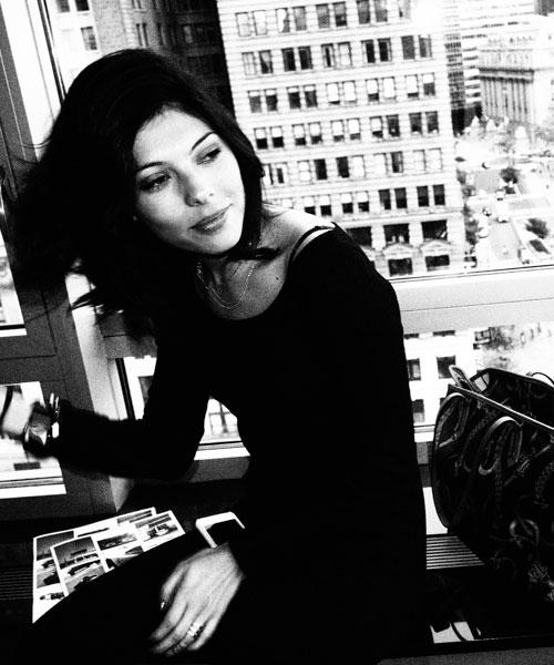 Esta foto fue tomada con la mejor camara digital olympus con un vestido negro en nyc