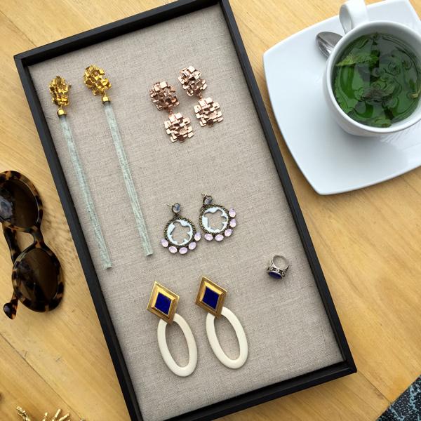 joyas de la diseñadora de pr series aretes grandes