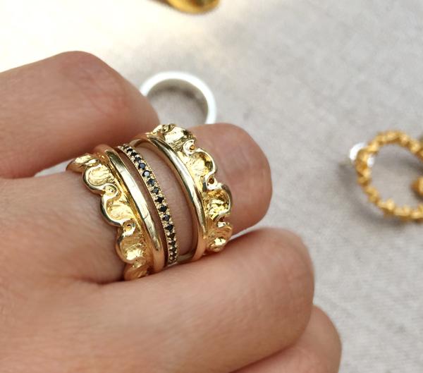 Joyas y anillos de oro de pr series con oro y onyx