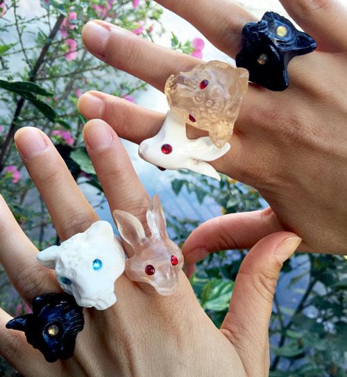 anillos de animales y joyas de moda de barajas marin son la tendencia del momento