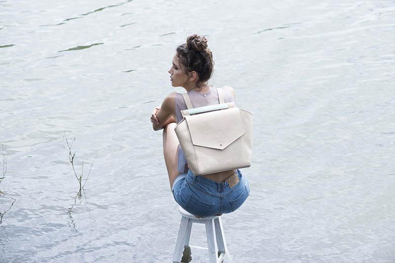 tigre-salon-maletin-cuero-dienadores-colombianos-16-minimalismo.JPG