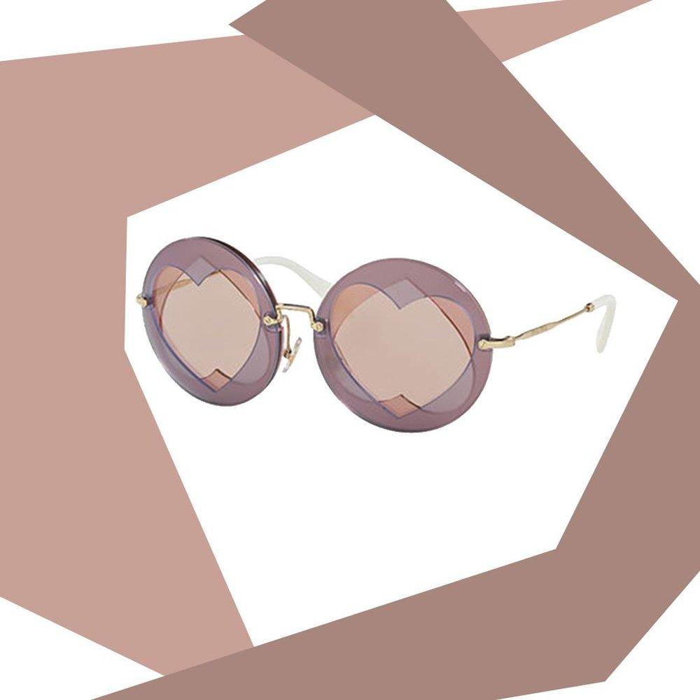 moda-cool-fashiontop5-ana-buendia-gafas-corazon.jpg
