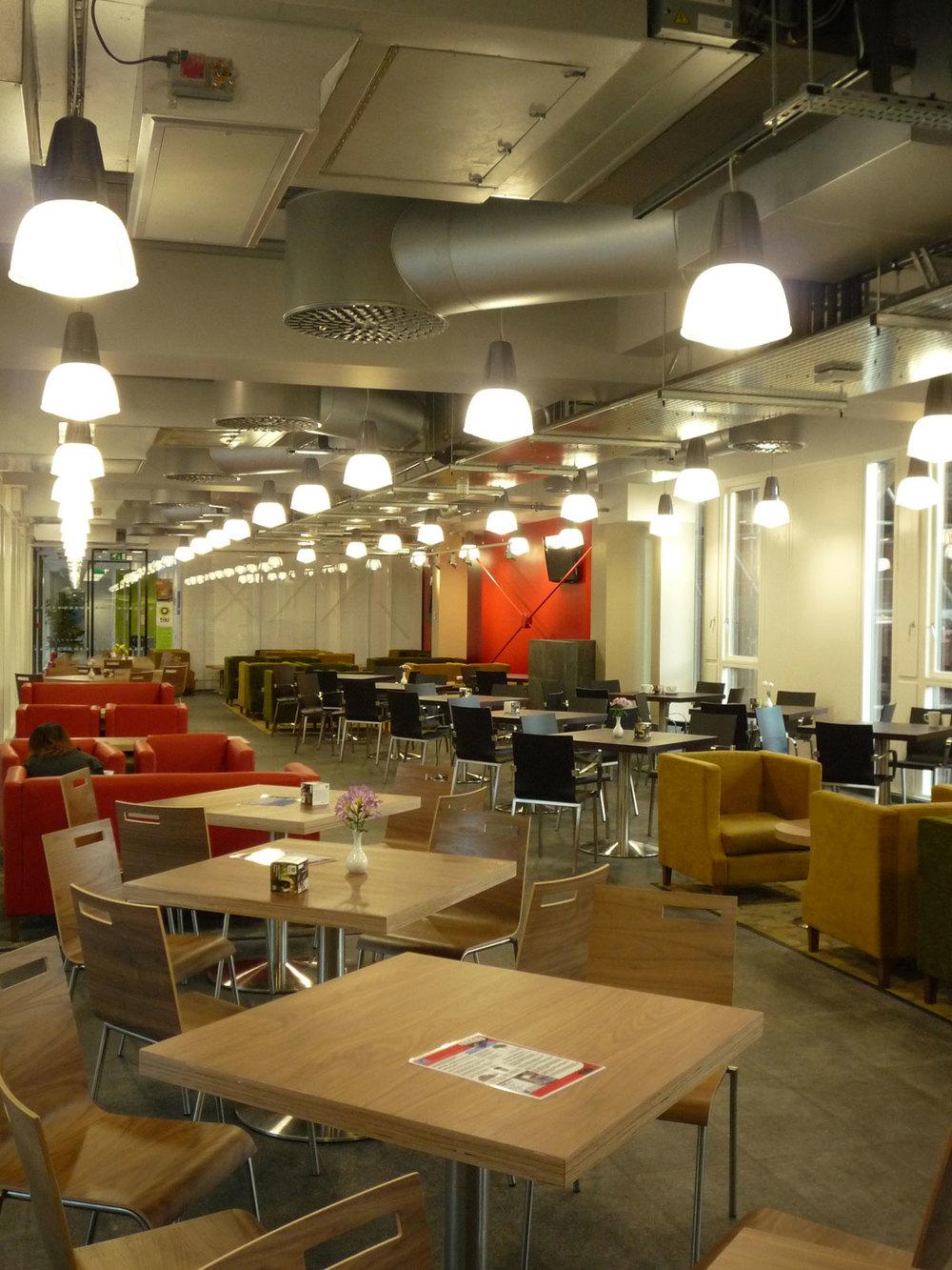4-West-Cafe--002.jpg