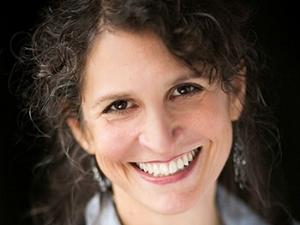 Deborah Zoe Laufer