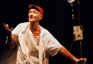 Kathleen Chalfant as Dr. Vivian Bearing in Wit (1998; Photo by Susan Krulwich)