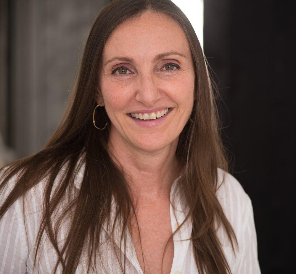 Dr. Lauri Romanzi