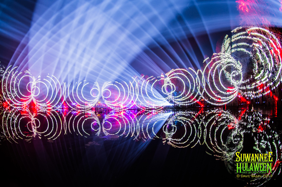 10-31-15_DPV_7025_Hulaween_Music_Festival_String_Cheese_Incident_Halloween_Set_by_Dave_Vann.jpg