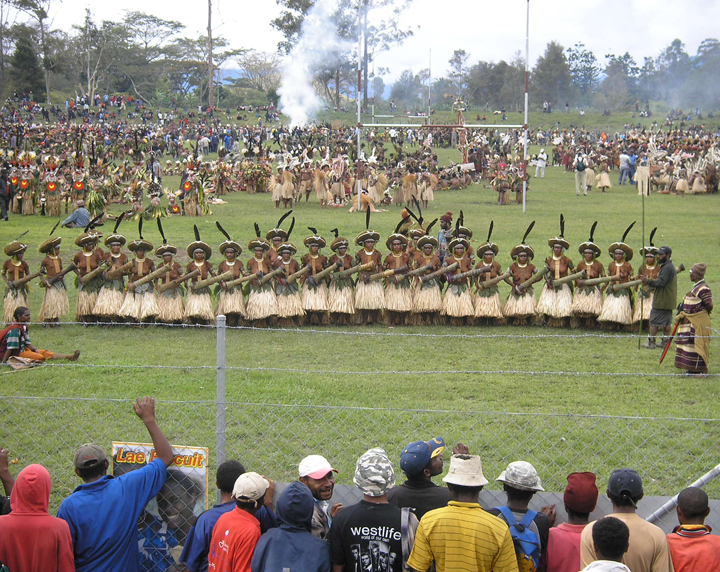 Mt Hagen Cultural Show, Papua New Guinea | Photo: Lorena Gibson, August 2006