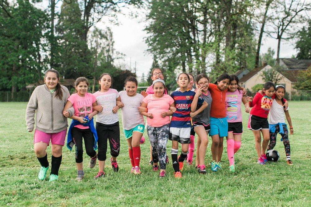 chicas soccer camp.jpg