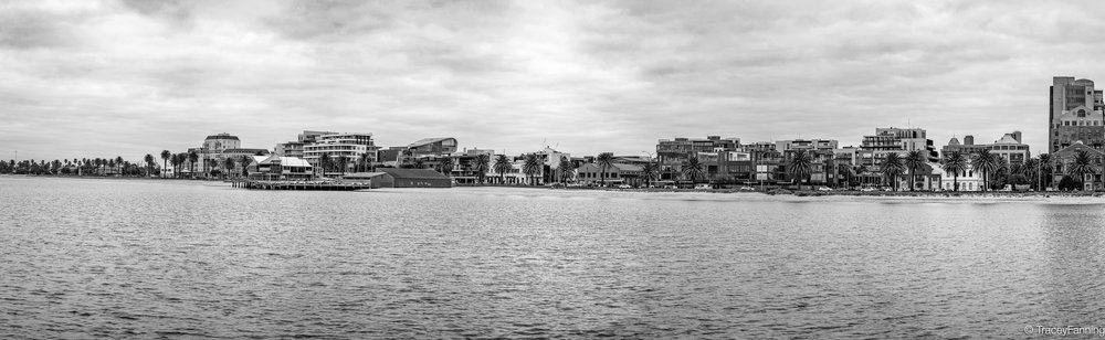 Port Melbourne Panorama BW.jpg