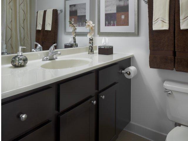 Presidtial Towers - Bathroom.jpg