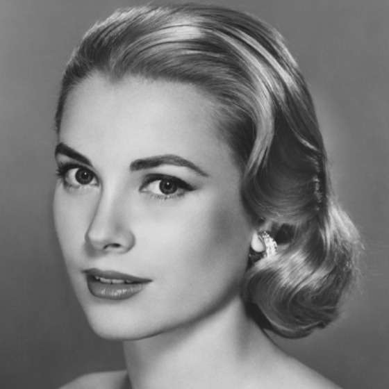 Grace Kelly wearing a Pageboy hairstyle