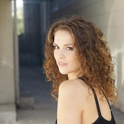 Maria Milanes Hair - Balayage Hair Color / Healthy Curls, Valencia
