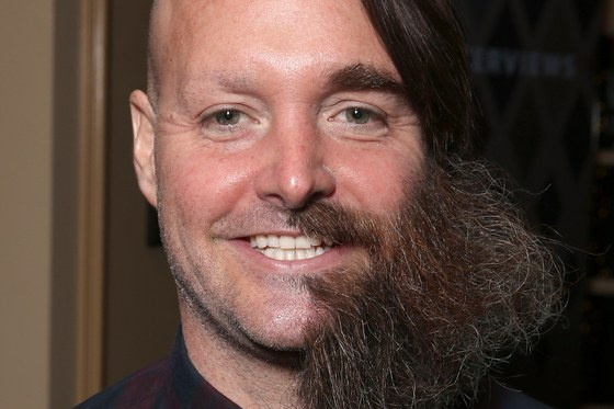 will-forte-half-shaved-beard.jpg