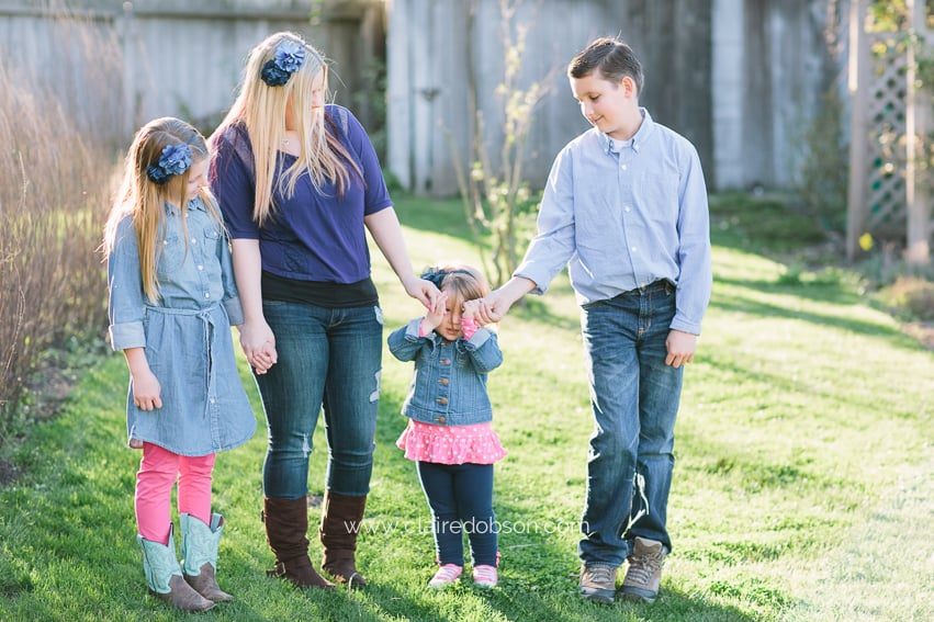 family rustic barn photography