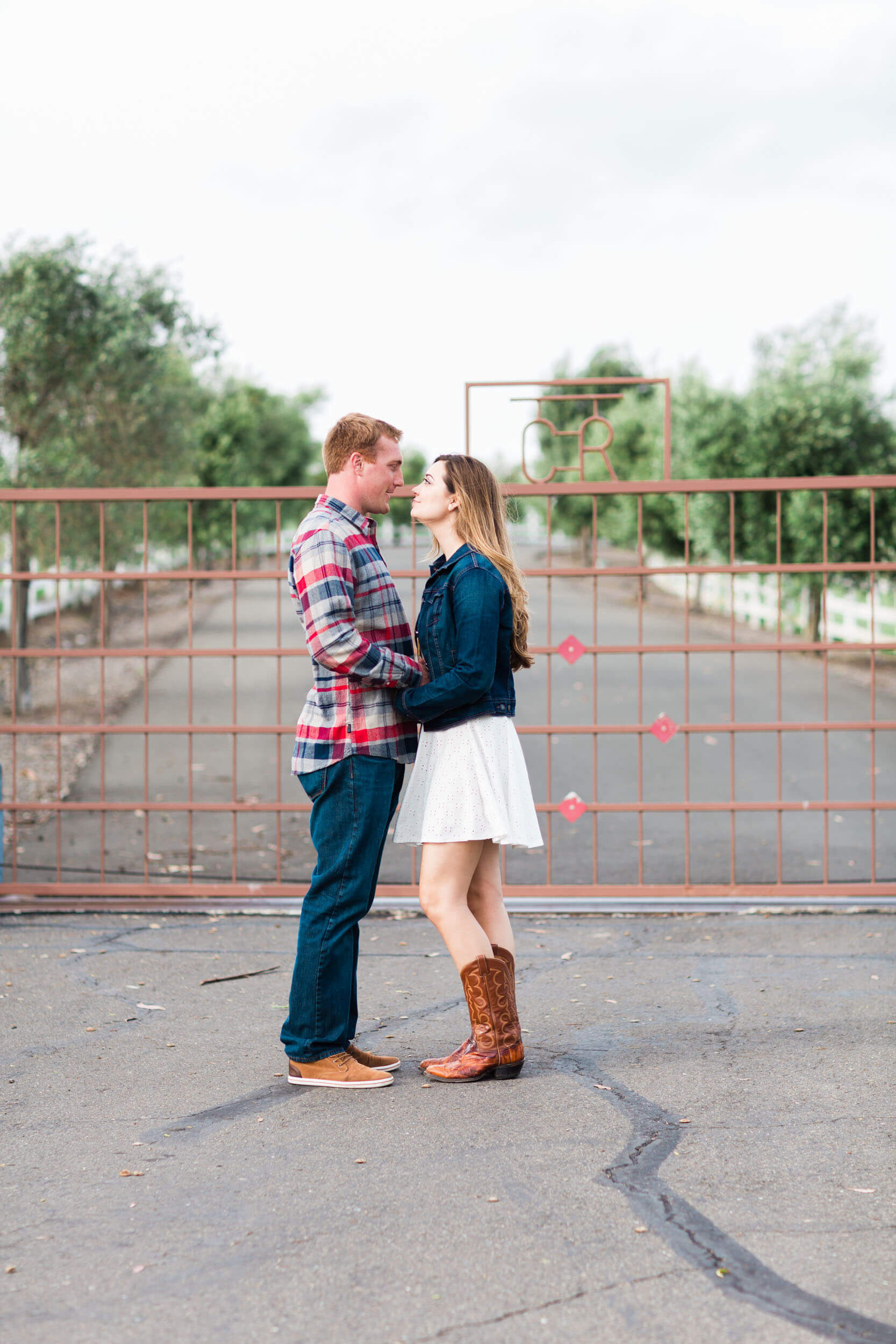 Laid back san francisco engagement session - best San Francisco wedding photographer - Claire Dobson