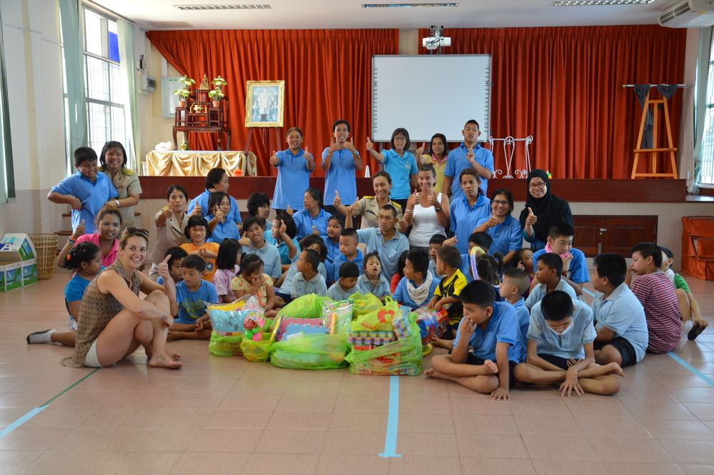 Donna and Phoebe with the kids at the Phuket Special Education Centre receiving toys, pillows and food from EATSS