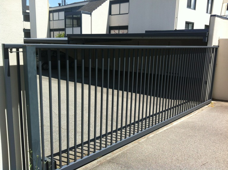 Commerical Sliding Gate