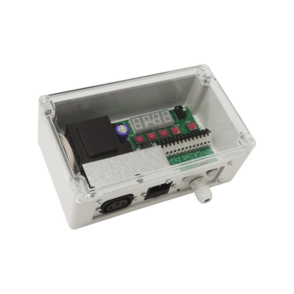 Styrs med en smidig styrbox! - Vid elskåpet eller annan passande plats i huset så monteras styrboxen. I den justeras spolmängd och vakuumtid. Och den är kopplad till toaletten och vakuumenheten.